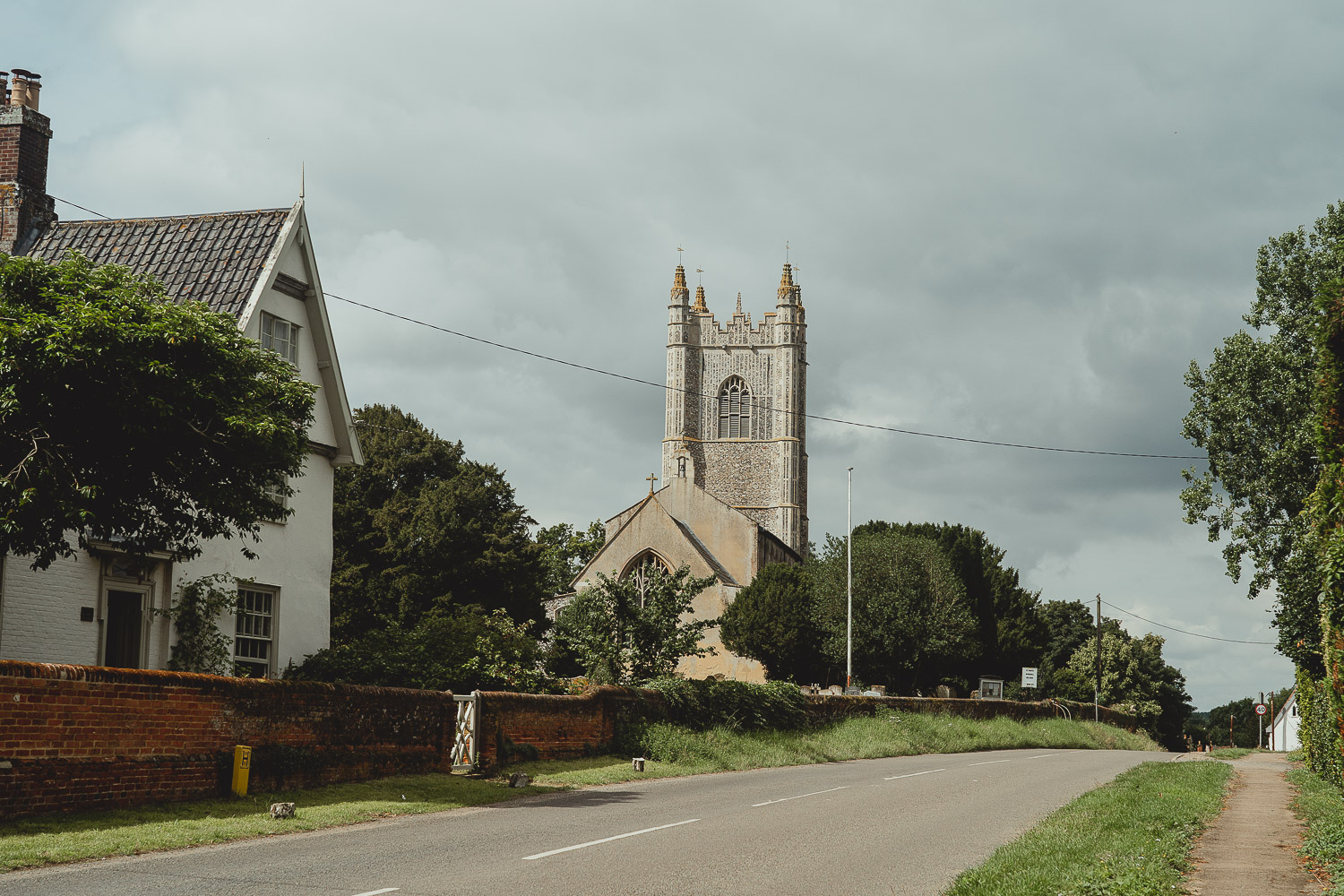 harleston church wedding in norfolk by georgia rachael