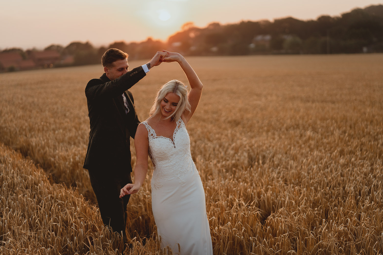 happisburgh wedding photos by georgia rachael photography