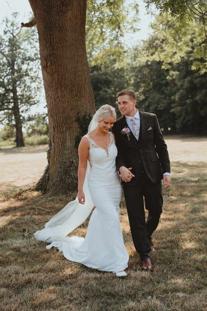 woodhall manor wedding in suffolk by georgia rachael photography