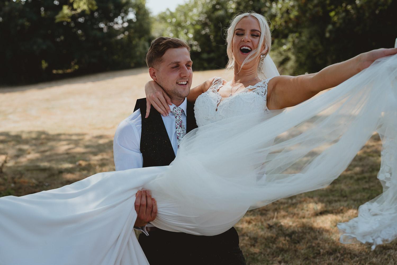 woodhall manor wedding in suffolk by georgia rachael photography