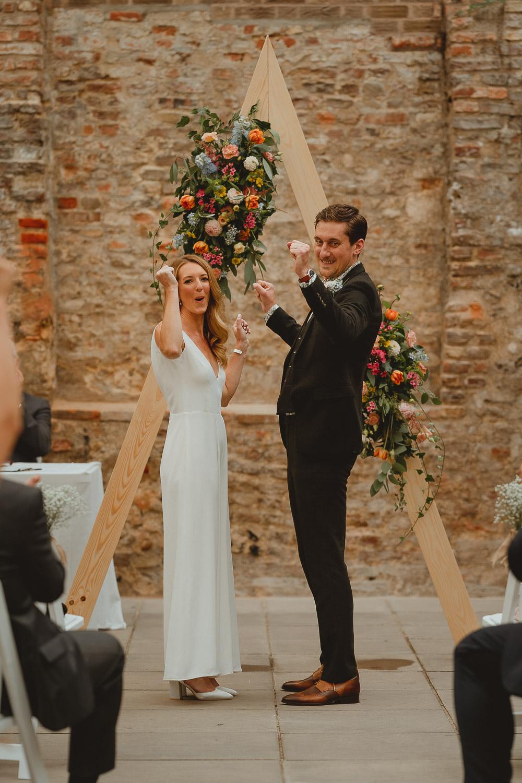 st becketts chapel the halls norwich wedding
